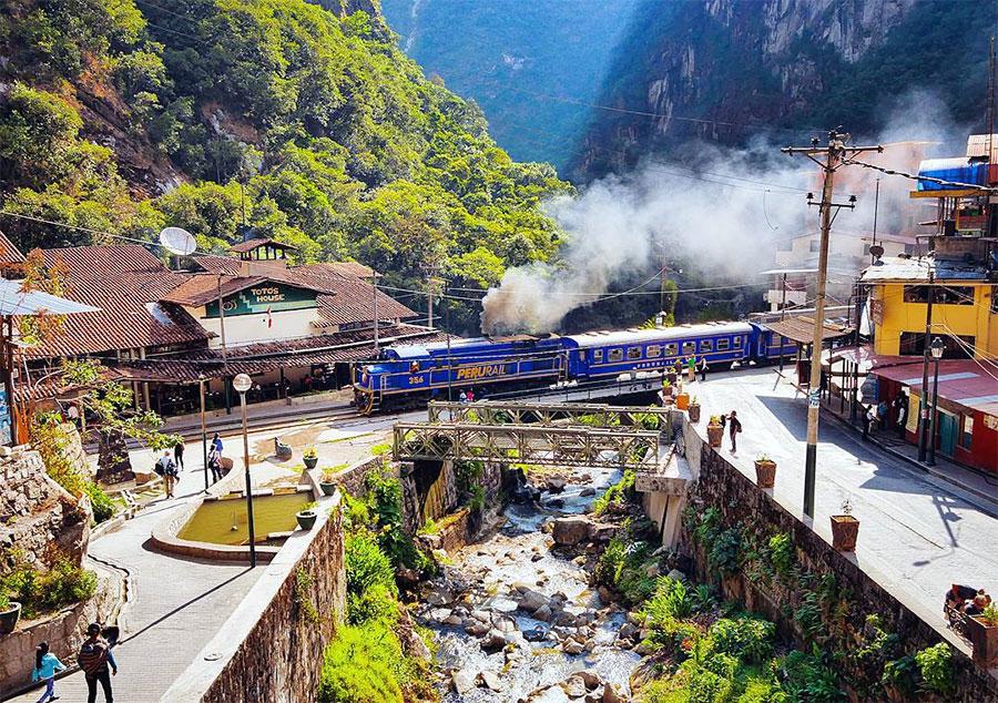 Ferrocarril Aguas Calientes-Cusco