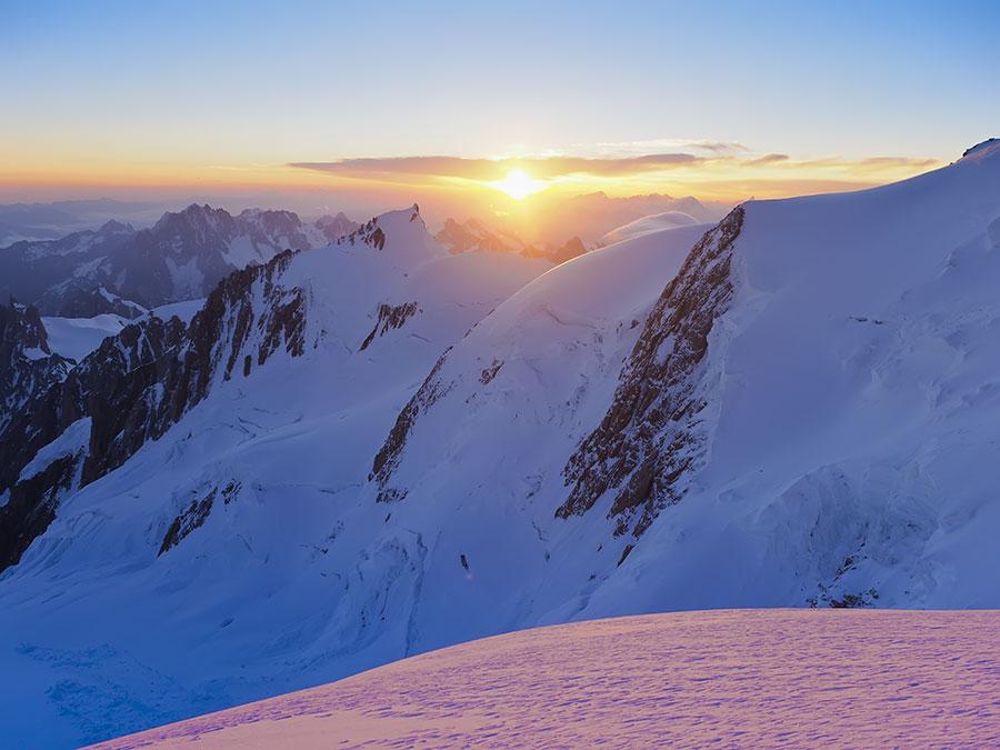 Vista del Mont Maudit al amanecer